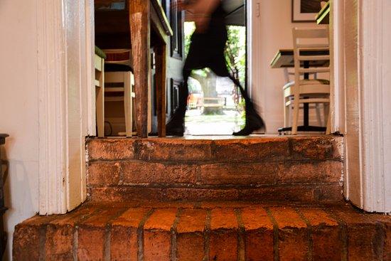 Eltham, Australia: Shillinglaw Cottage is one of Nillumbik Shire's oldest historical homes.