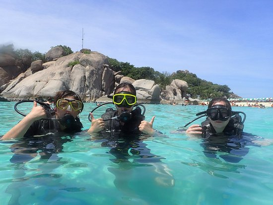Bophut, Tailândia: Koh Nang Yuan Island is the famous  place for diving