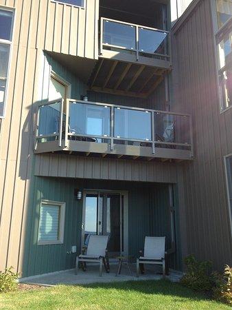 Tofte, MN: Decks - Master Suite is ground floor