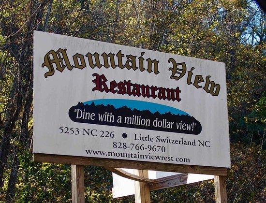 Spruce Pine, Carolina del Norte: Views, signage and exterior!