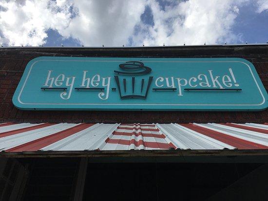 Hey Hey Cupcake: photo0.jpg