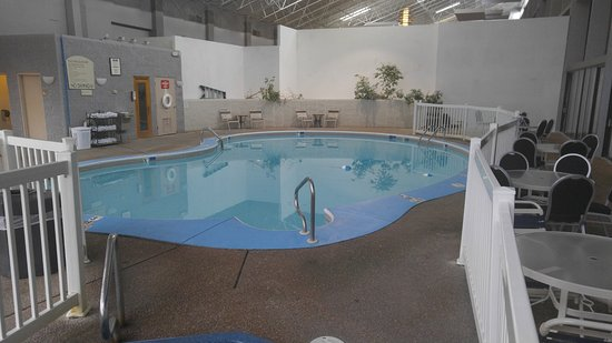 Alton, IL : Great indoor pool