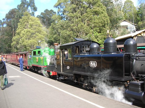 Loco NA 8A at Belgrave