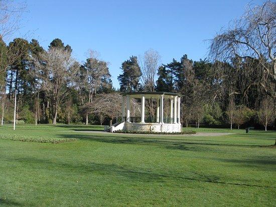 Invercargill, Yeni Zelanda: attractive rotunda