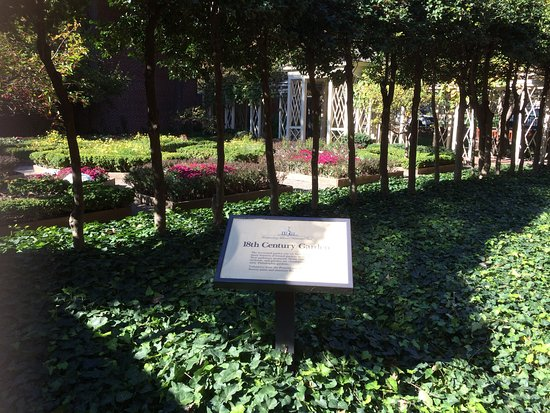 18th century garden of the independence national historic for Garden design 18th century