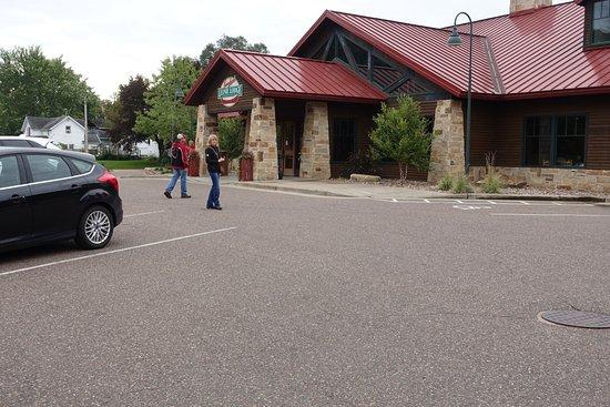 Chippewa Falls, WI: The Lodge