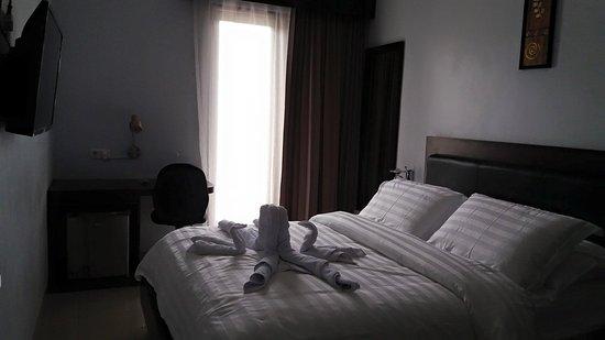 North Sulawesi, Indonesien: Deluxe Room Dengan harga yang cukup Hemat untuk wisatawan