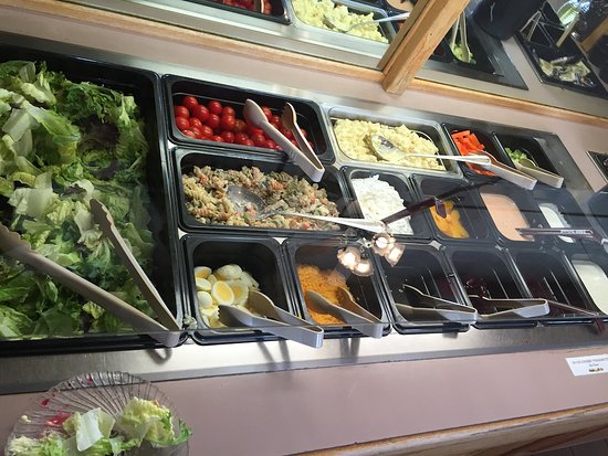 Timberline Cafe: Salad Bar - rather limited but given the location... this was pretty good.