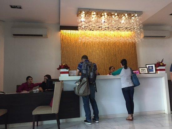 Lenox Hotel Check In Counter At Main Lobby