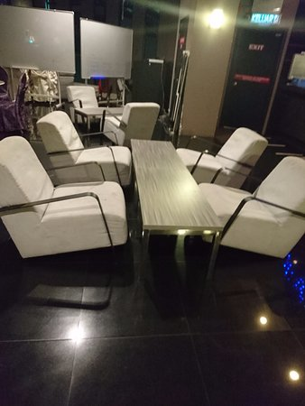 Flemington Hotel: This Kind Of Chairs Not Suitable For Lounge. Sofau0027s Are  The Correct