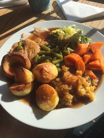 Egerton, UK: This is the best Sunday roast dinner I have had for over 20 years