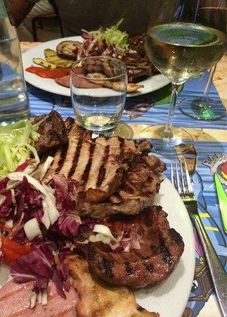 Caselle Torinese, อิตาลี: Grigliata mista di carne