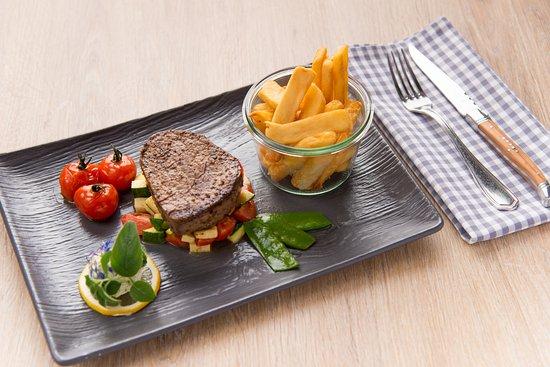 hotel zur pfeffermuhle steak mit fries und gemuse