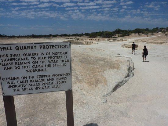 Denham, Avustralya: Shell Building Block Quarry