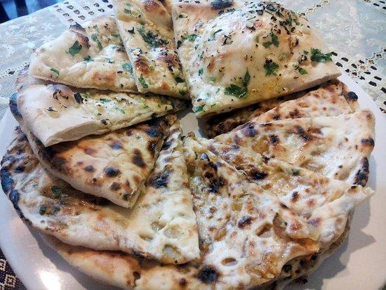 Royal India Restaurant: tandoori roti