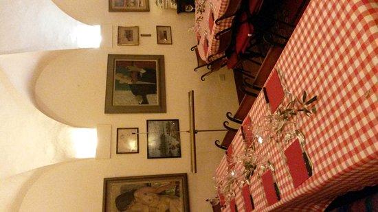 Corciano, Italia: 20161022_201054_large.jpg