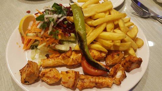 Borehamwood, UK: Chicken with chips & salad