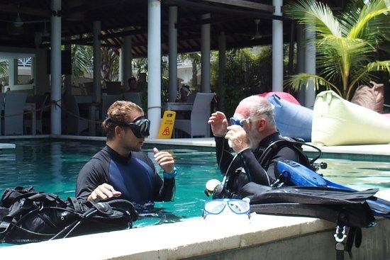Padangbai, إندونيسيا: V tréningovom bazéne 2