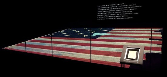 2505b3619 The Star Spangled Banner Flag at the Museum of American History ...