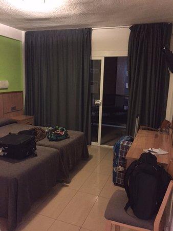 Hotel Perla: Bedroom