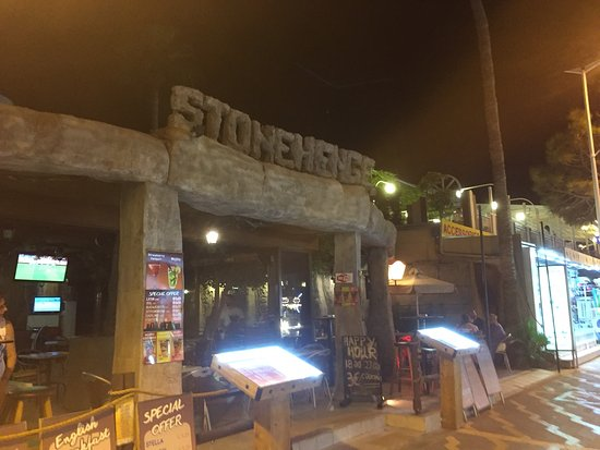 Stonehenge Cocktail Bar