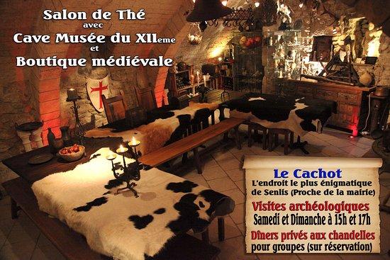 Senlis, France : La cave Musée du Cachot XIIe avec ses découvertes archéologiques