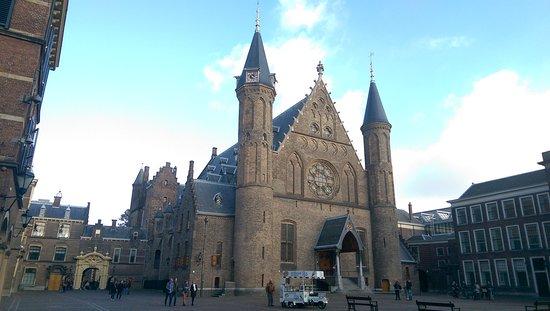 Binnenhof & Ridderzaal (Inner Court & Hall of the Knights): IMAG6189_large.jpg