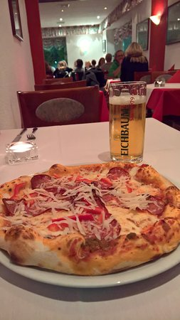 Renningen, Germany: hervorragende Pizza