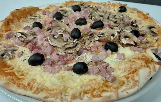 Agen, France: Pizza ELI