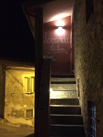 Tirli, Italie : esterna del locale