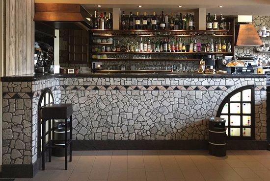 Rescaldina, Italie : Il bancone del bar
