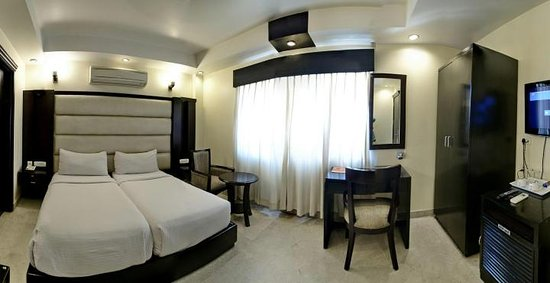 Hotel Meridian Plaza: PREMIER TWIN BEDED  ROOM