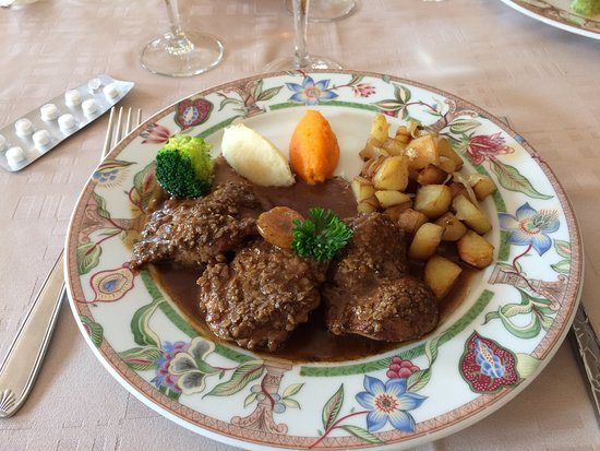 Saint-Maclou, France: plat 1