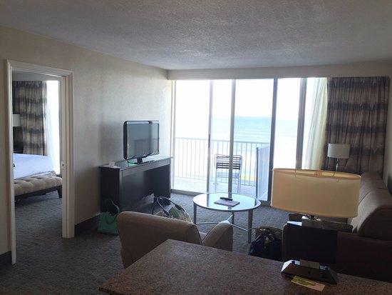 Radisson Suite Hotel Oceanfront: Room 704