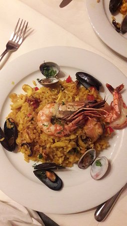Restaurant Gonzalez: Paella on the plate
