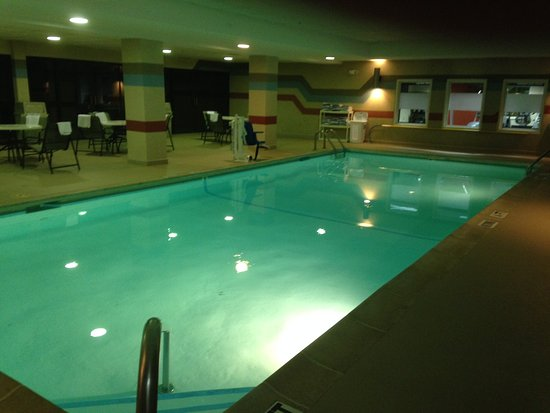 Mount Vernon, IL: Pool
