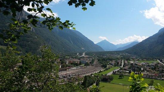 Saint-Maurice, Sveits: Vue sur la plaine du Rhône