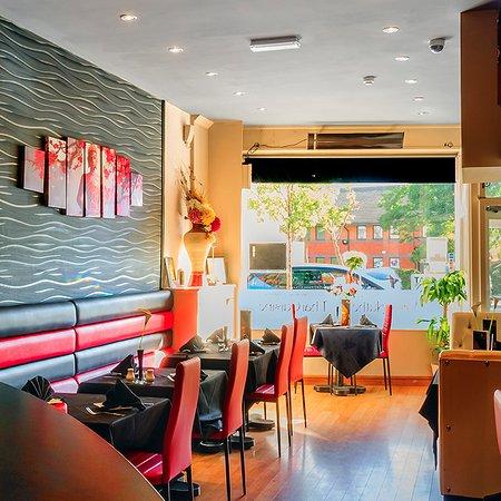 Γουίντνες, UK: Arroy Thai Fine Dining