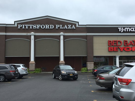 Rochester, NY: Pittsford Plaza - front of plaza (again)