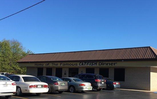 Florence, AL: Newbern's Restaurant