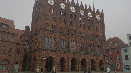 Fasada Budynku Bild Von Rathaus Stralsund Stralsund Tripadvisor