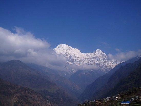Bhaktapur, Nepal: Annapurna 4 days - Private Day Tours