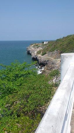 เกาะสีชัง, ไทย: 1477317523541_large.jpg