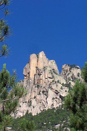 Purcaraccia : Punta Lunarda 1025 m bloc de granit blanc sublime
