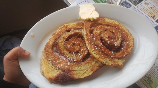 Dream Diner: Cinnamon Roll French toast