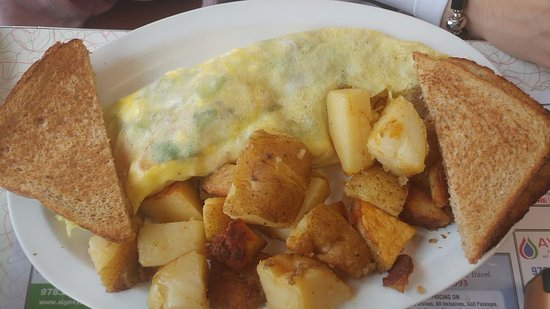Dream Diner: Omelette with homefries and toast