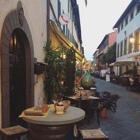 Montecarlo, Italia: Toscana del cuore.