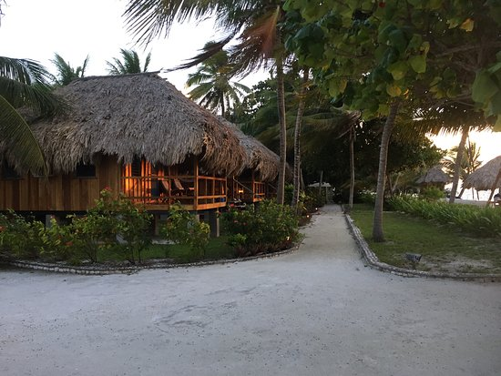 St. George's Caye, Belice: Oceanside bungalows