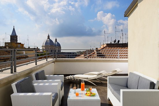 suite de luxe terrace picture of una hotel roma rome tripadvisor. Black Bedroom Furniture Sets. Home Design Ideas