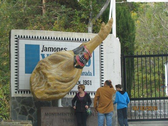 "Trevelez, Spagna: La ""Mecque"" du Jamon!"